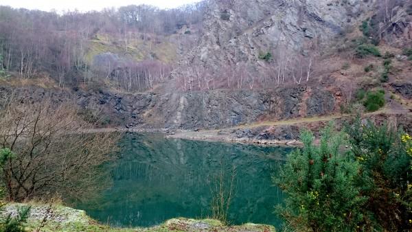 Wild Swimming – Gullet Quarry Malvern | Dartmoor Hiking