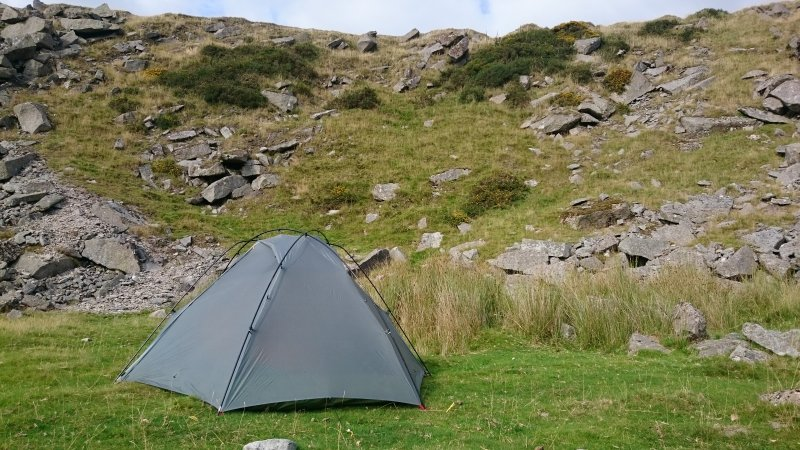 Big Sky International isnu0027t a mainstream brand for the UK but they specialise in tents that really are lightweight (from poles to fabric) but designed to ... & Gear Review: The Big Sky Chinook Tent | Dartmoor Hiking